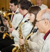 gruppa-saksofonov-na-repetitsii-3
